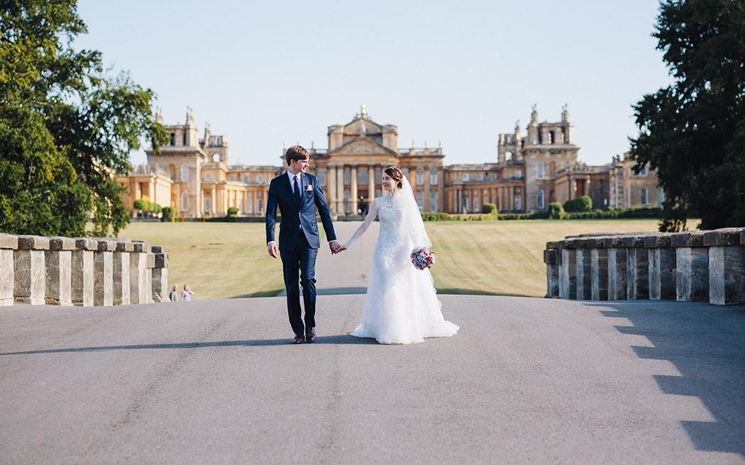 Coco wedding venues slideshow - luxury-wedding-venues-near-london-blenheim-palace-oxfordshire-lisa-dawn-photography-002