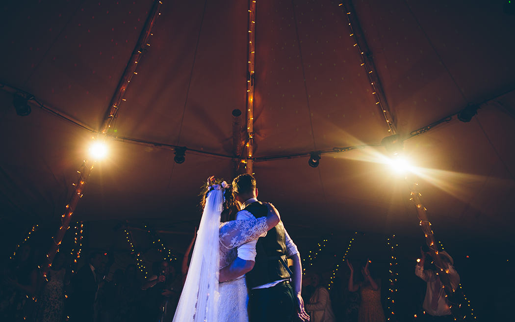 Coco wedding venues slideshow - wedding-marquee-and-tipi-hire-all-about-me-marquees-and-events-002