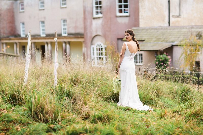rustic-wedding-inspiration-wedding-venues-in-somerset-pennard-house-33