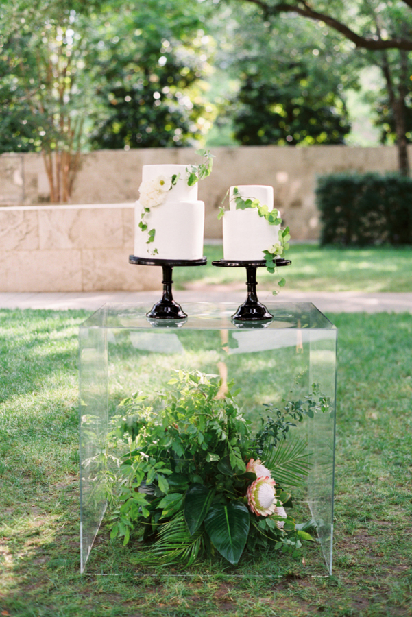 The 2017 Wedding Trend Report - Acrylic & Perspex.