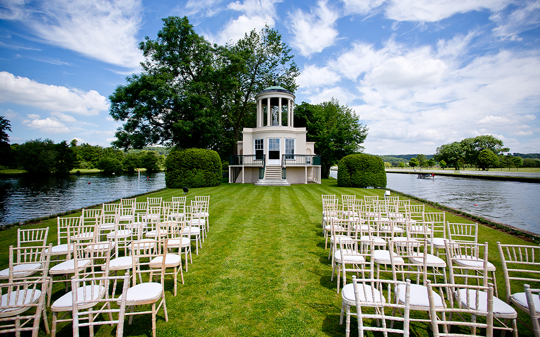 Coco wedding venues slideshow - riverside-wedding-venues-in-oxfordshire-temple-island-tony-hart-002