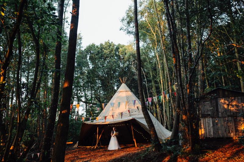 tipi-woodland-wedding-inspiration-wilderness-weddings-kent-85