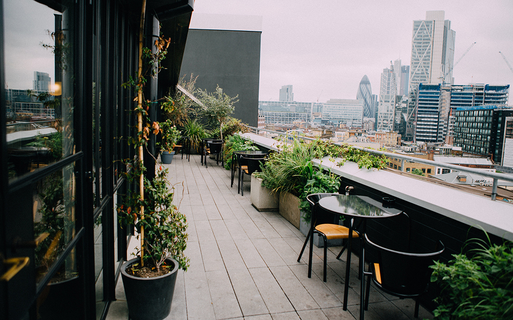 Coco wedding venues slideshow - urban-east-london-industrial-wedding-venue-ace-hotel-shoreditch-003
