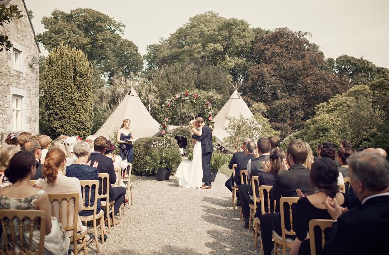 Image by Weddings Vintage.
