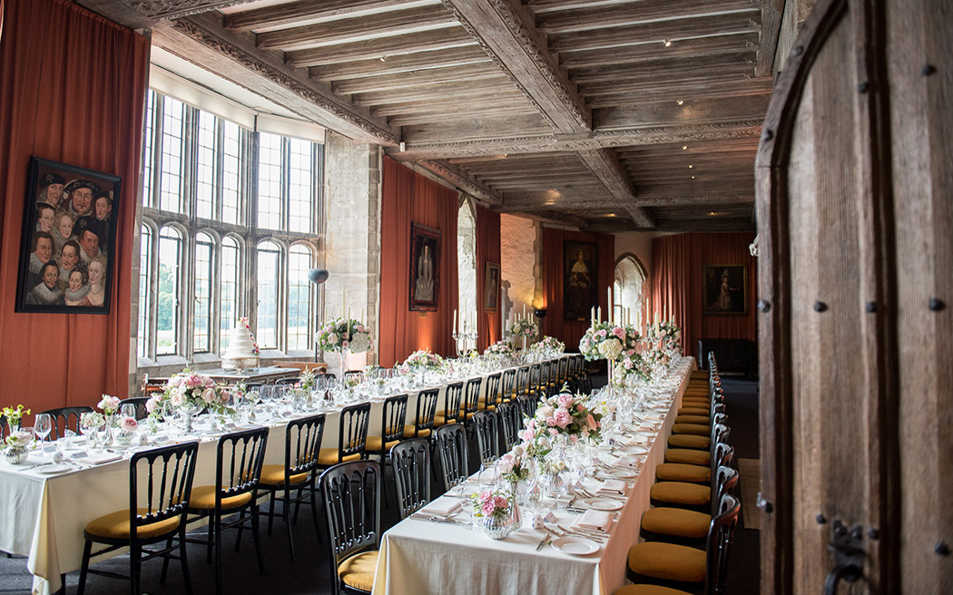 Coco wedding venues slideshow - castle-wedding-venues-in-kent-leeds-castle-fiona-kelly-photography-002