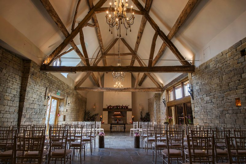 contemporary-barn-wedding-venues-in-warwickshire-blackwell-grange-paul-willetts-photography-11