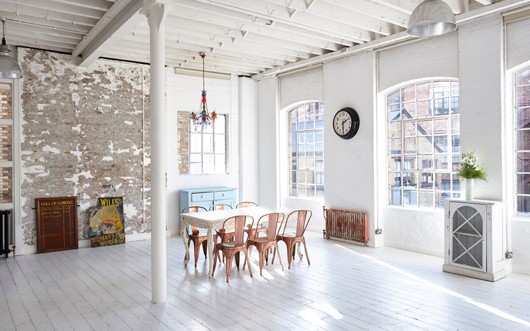 Coco wedding venues slideshow - industrial-blank-canvas-loft-wedding-venues-in-london-loft-001