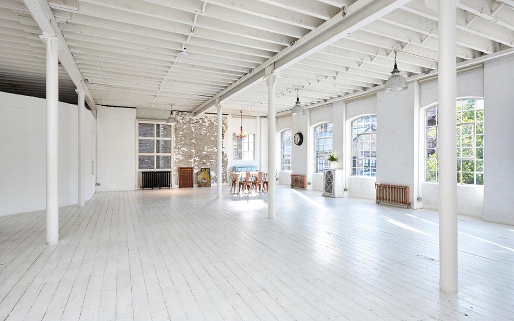 Coco wedding venues slideshow - industrial-blank-canvas-loft-wedding-venues-in-london-loft-005