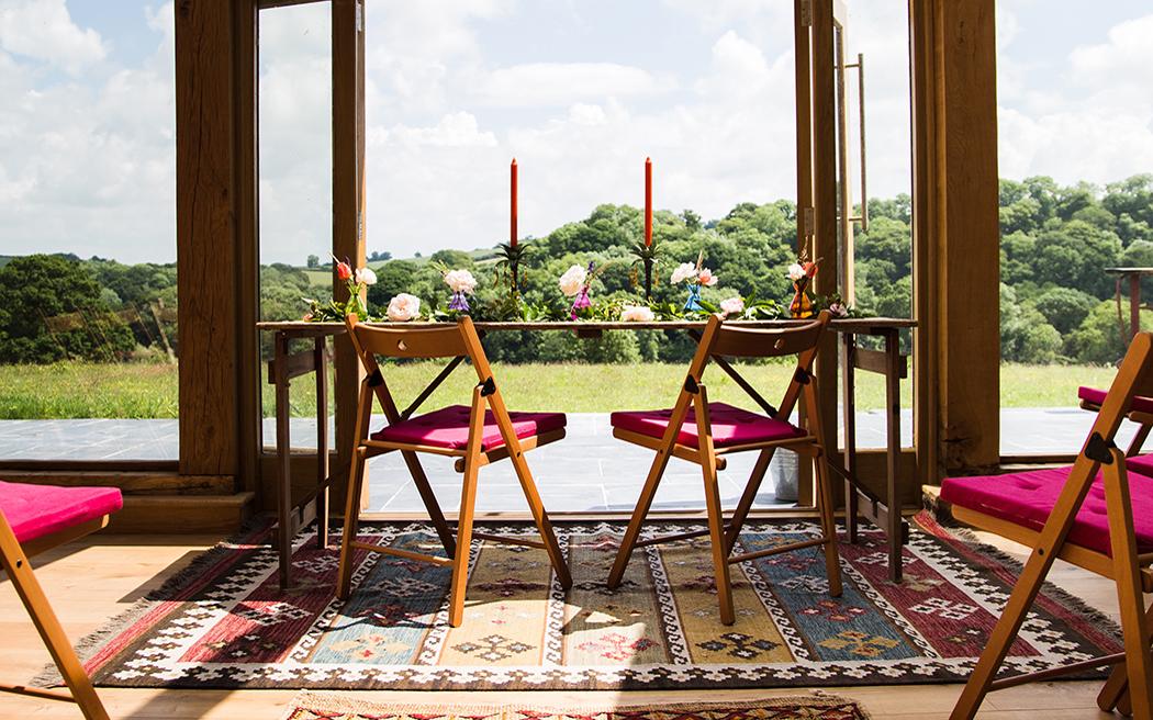 Coco wedding venues slideshow - creative-relaxed-wedding-venue-in-devon-hayne-004