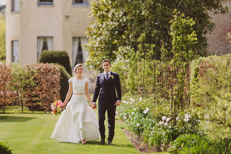 wedding-venues-in-hampshire-hill-place-real-wedding-inspiration