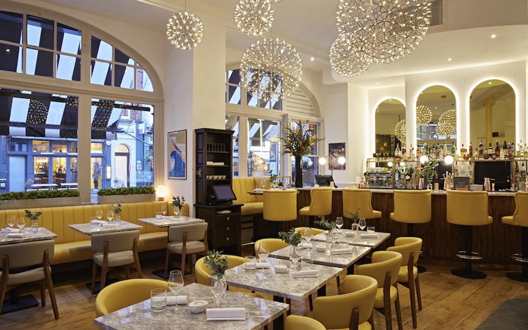 Coco wedding venues slideshow - chic-restaurant-wedding-venues-in-london-dickie-fitz-004