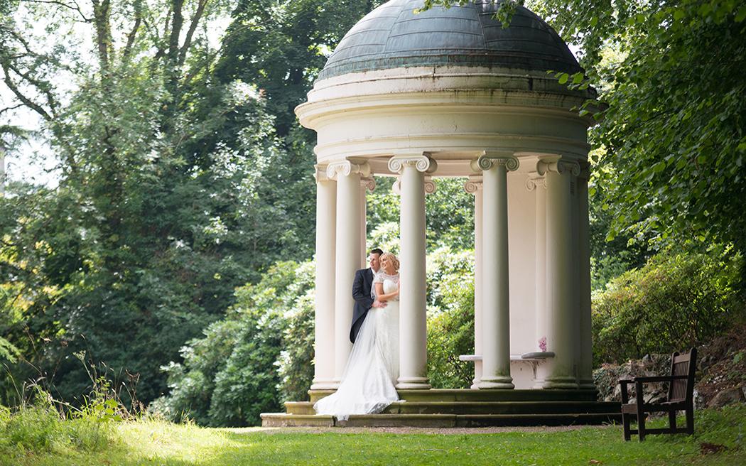 Coco wedding venues slideshow - classic-castle-wedding-venue-in-co-antrim-near-belfast-hillsborough-castle-003