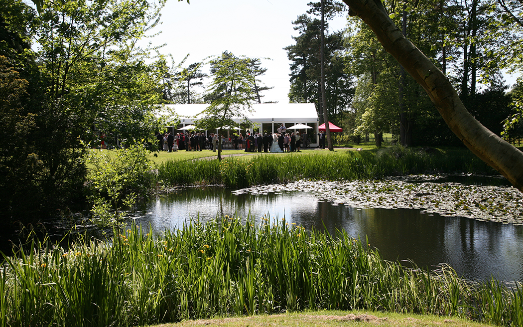 Coco wedding venues slideshow - country-estate-and-marquee-wedding-venues-in-cheshire-thornton-manor-005