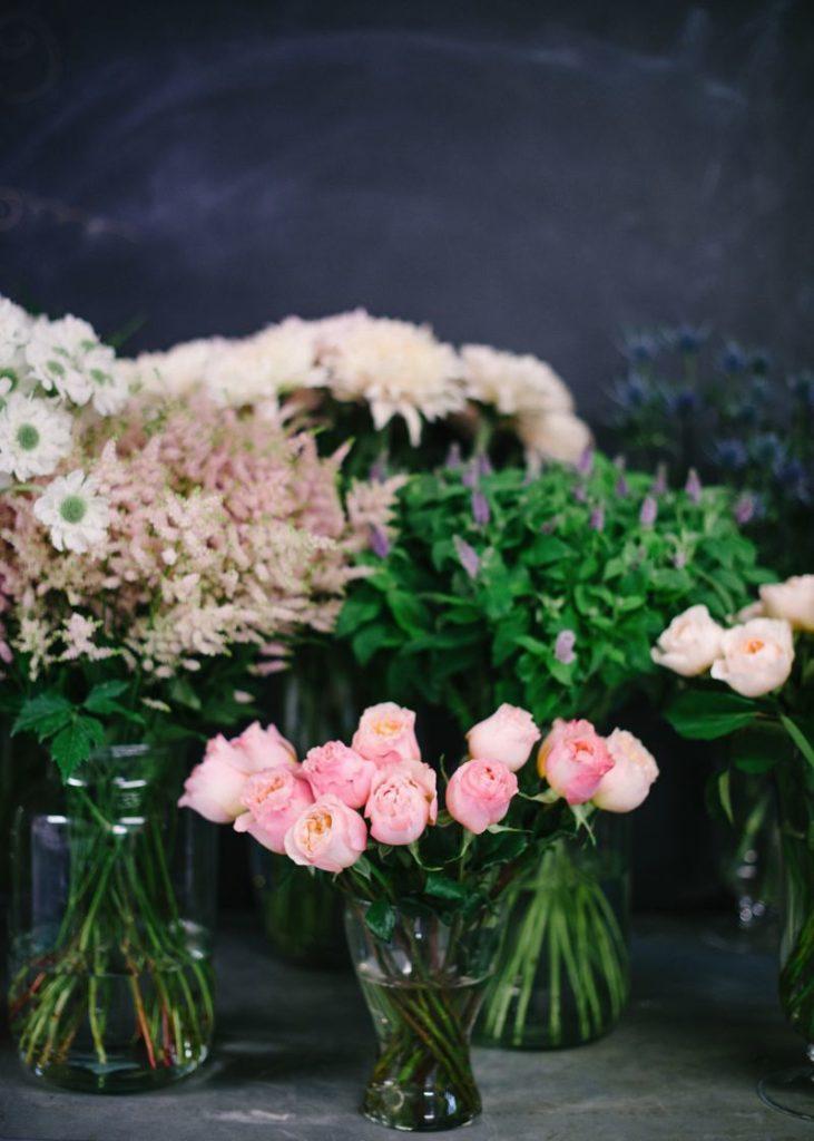 wedding flowers part i the budget uk wedding venues directory