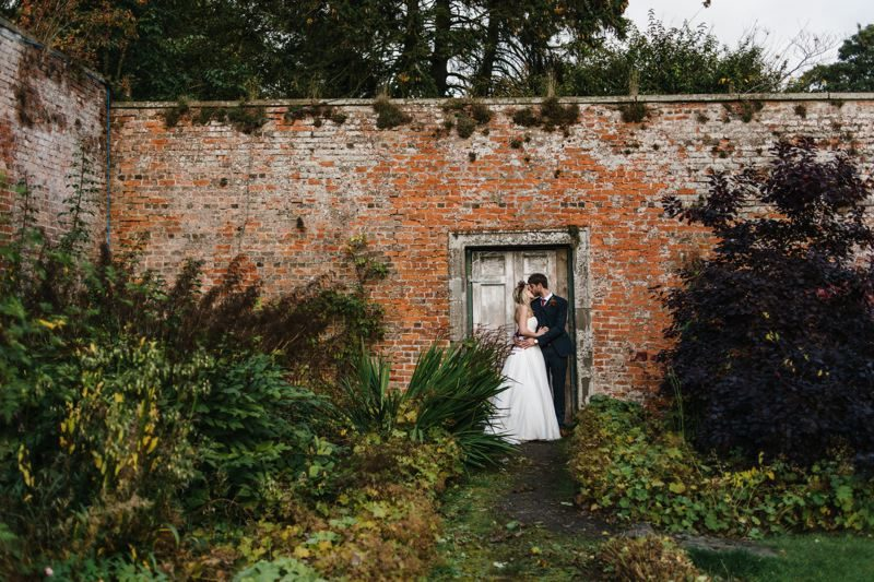 autumn-wedding-inspiration-wedding-venues-in-scotland-the-byre-at-inchyra-35