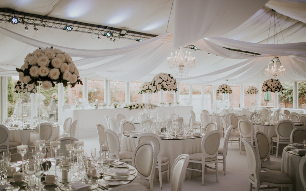 Coco wedding venues slideshow - elegant-country-house-wedding-venues-in-essex-braxted-park-D&A-photography-001