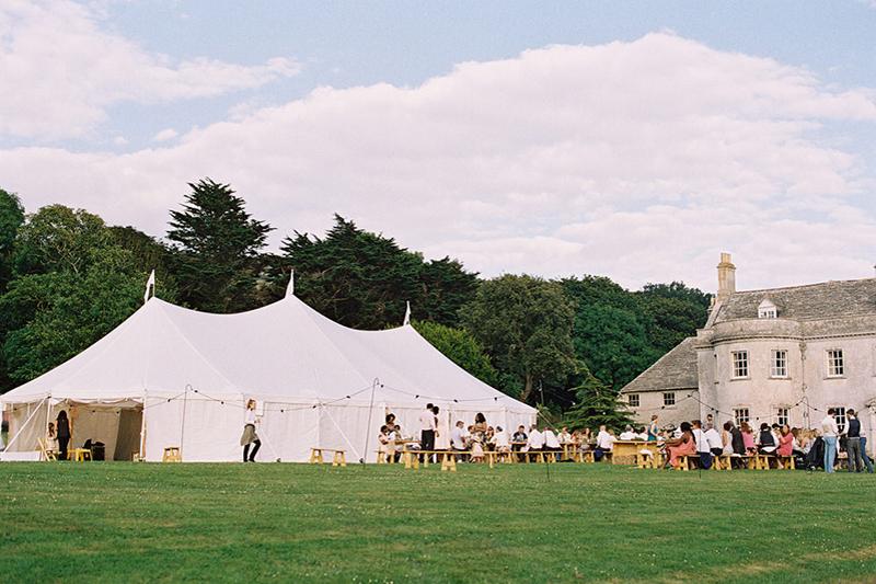 tipis-and-sailcloth-tents-for-weddings-coastal-tents-dorset-imogen-xiana-photography-3