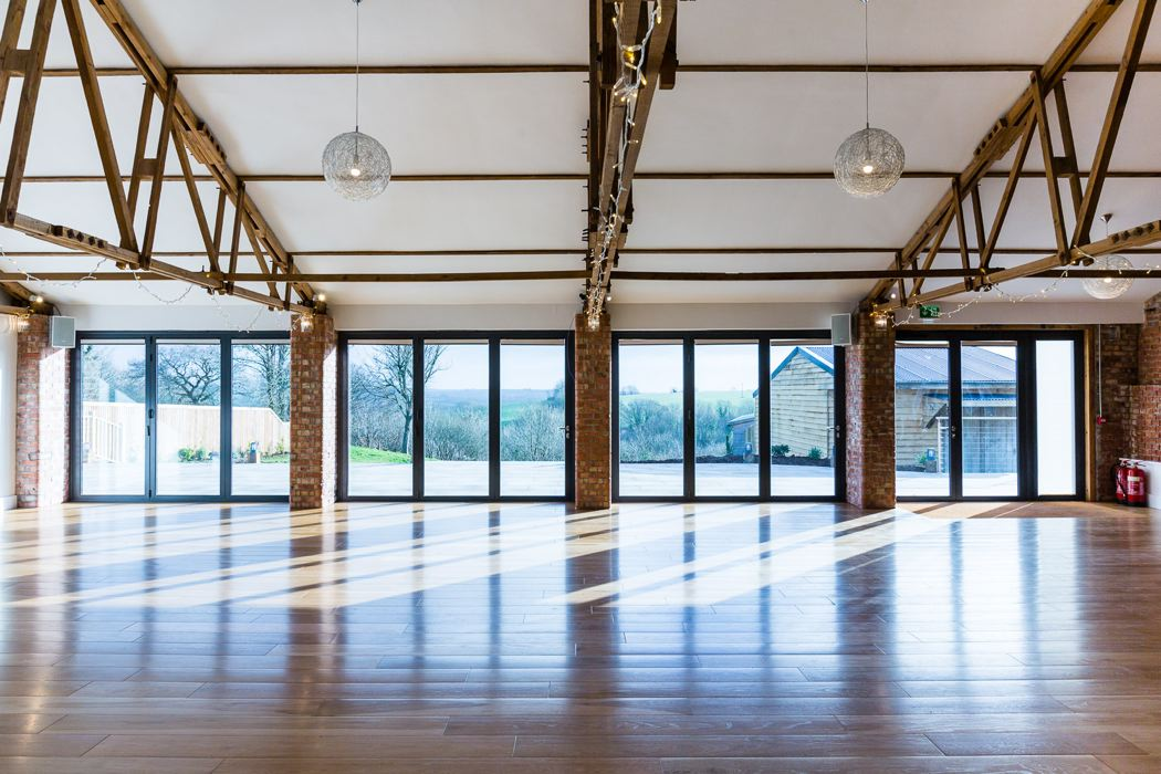 barn-wedding-venues-in-cornwall-the-green-outdoor-wedding-venue-8