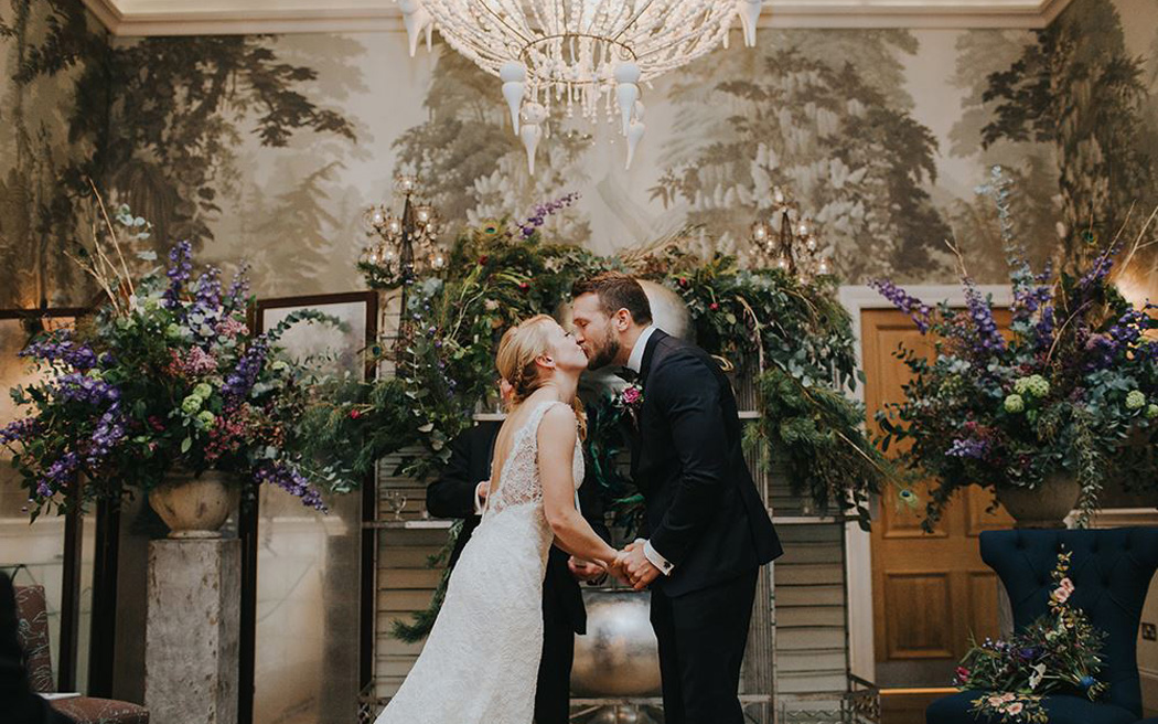 Coco wedding venues slideshow - contemporary-central-london-wedding-venues-haymarket-hotel-irene-yap-photography-001