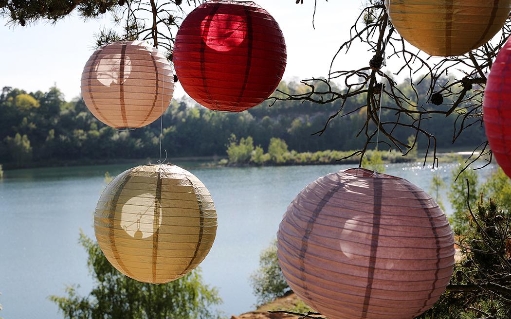Coco wedding venues slideshow - festival-wedding-venues-in-surrey-buckland-park-lake-beunveiled.co.uk-010