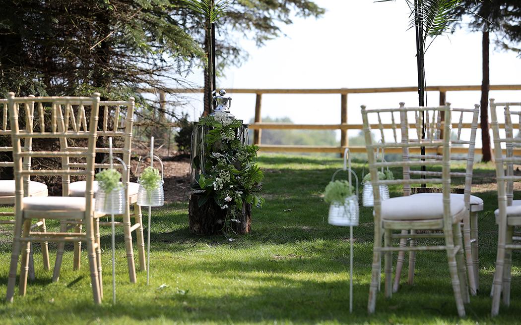 Coco wedding venues slideshow - festival-wedding-venues-in-surrey-buckland-park-lake-beunveiled.co.uk-030