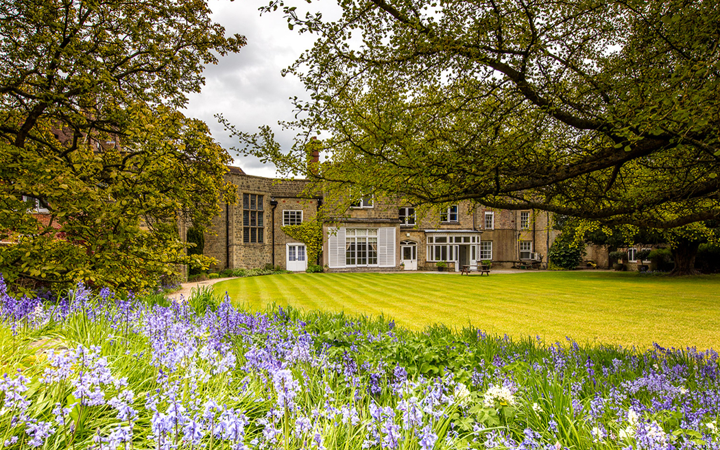 Coco wedding venues slideshow - country-house-wedding-venues-in-west-sussex-capron-house-003