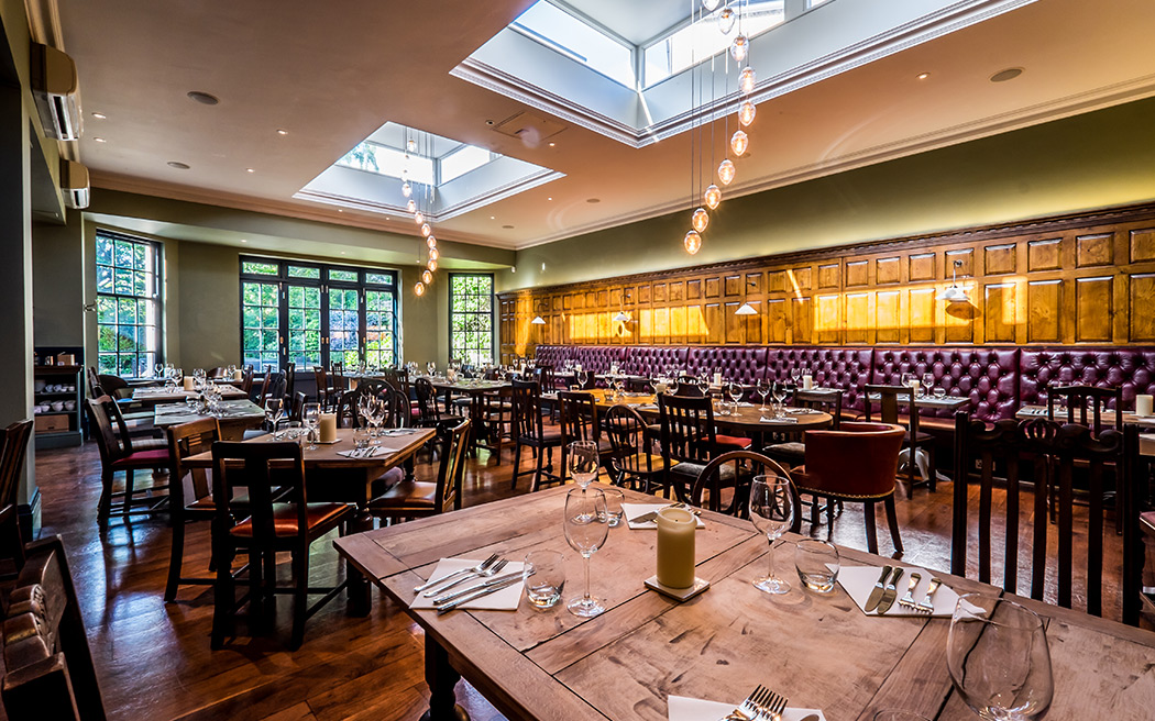 Coco wedding venues slideshow - pub-wedding-reception-venues-in-london-the-canonbury-tavern-islington-001