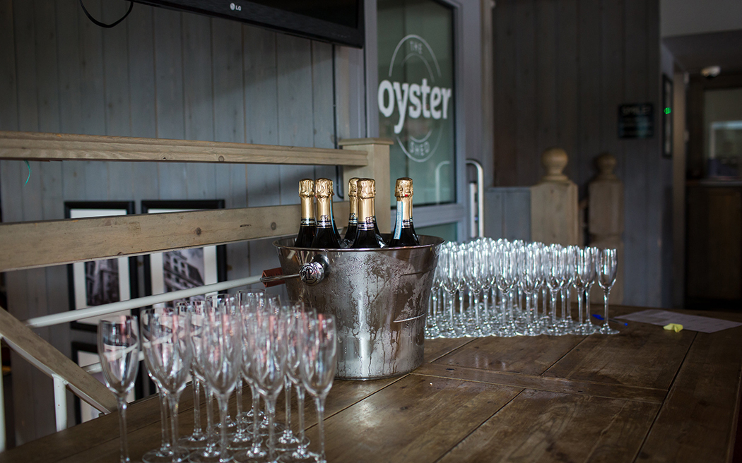 Coco wedding venues slideshow - riverside-pub-wedding-venues-in-london-the-oyster-shed-003