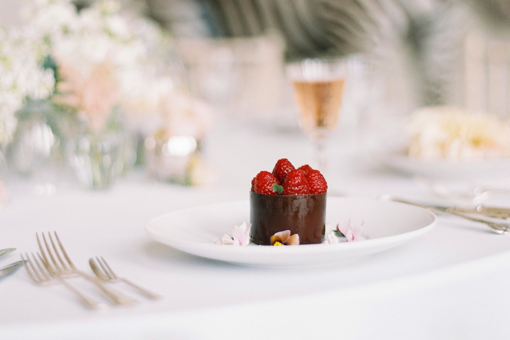 2018-wedding-food-trends-with-indulgence-boutique-hospitality-lucy-davenport-photography-feature-1
