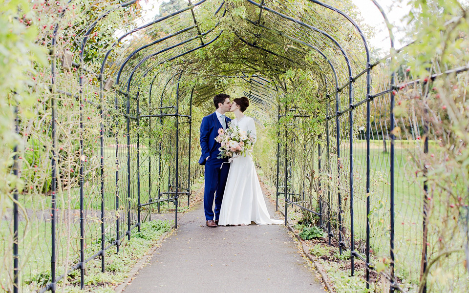 Coco wedding venues slideshow - elegant-wedding-venues-in-surrey-nonsuch-mansion-eddie-judd-004