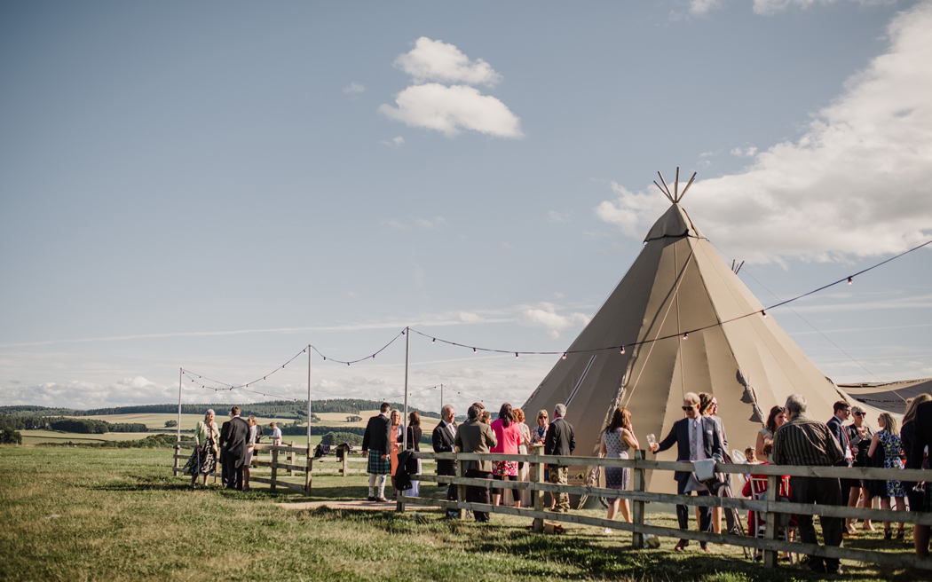 Coco wedding venues slideshow - rustic-barn-wedding-venues-in-cumbria-edenhall-estate-lola-rose-photography-002