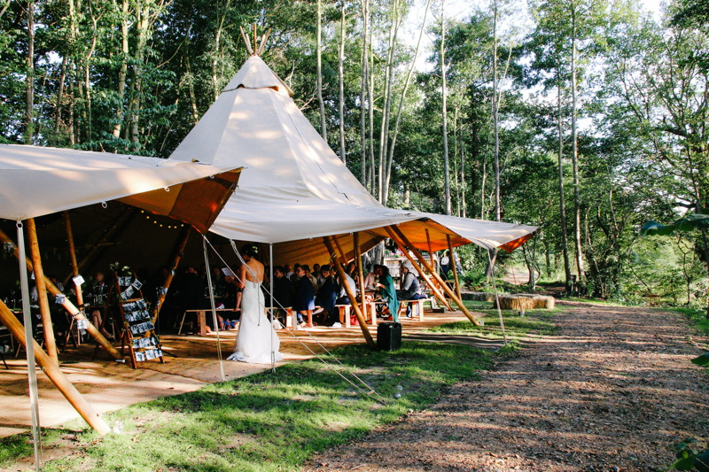 Image courtesy of Wilderness Weddings Kent.