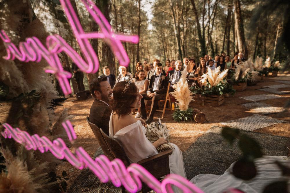 Image by Pablo Laguia Photography via Rock My Wedding.