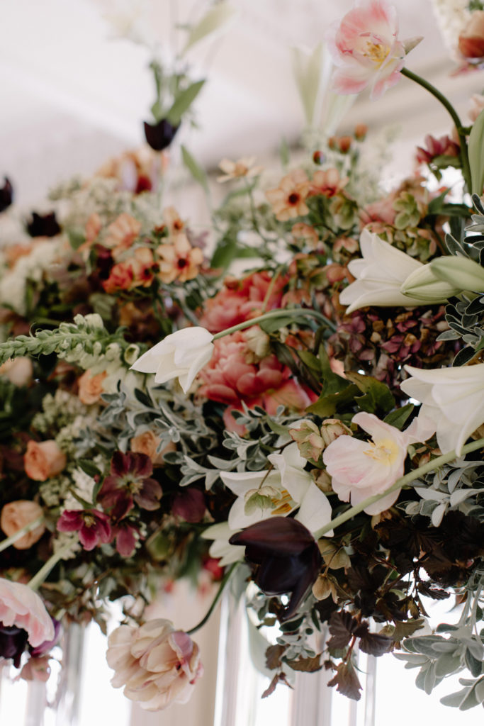Image by Rebecca Goddard Photography | Flowers by Jay Archer Floral Design.
