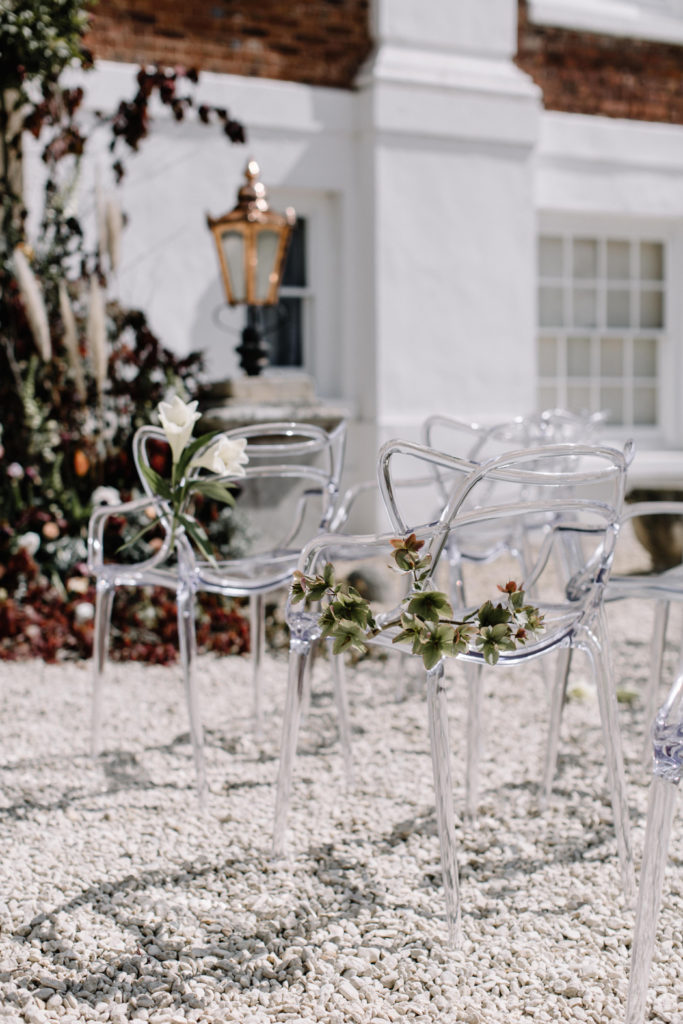 Image by Rebecca Goddard Photography | Chairs by Wedhead.