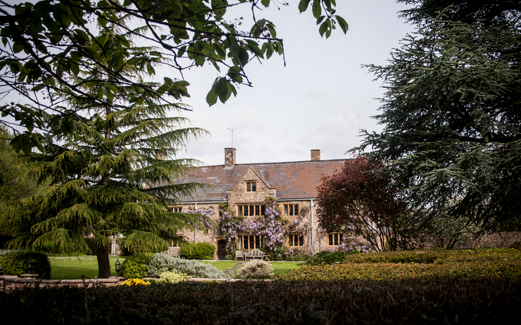 Coco wedding venues slideshow - country-house-wedding-venues-in-somerset-the-manor-somerset-001