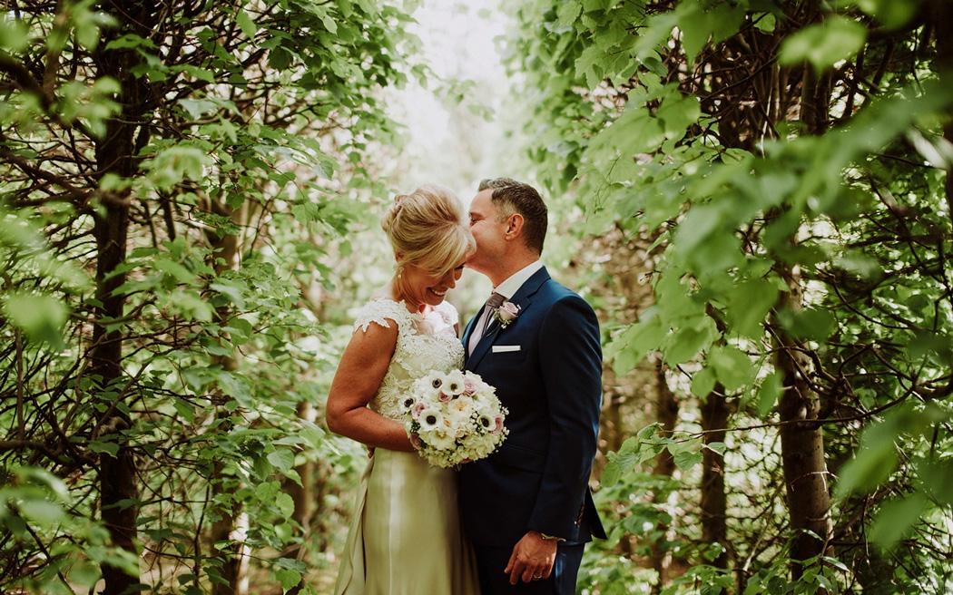 Coco wedding venues slideshow - country-house-wedding-venues-in-surrey-langshott-manor-001