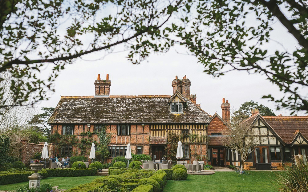 Coco wedding venues slideshow - country-house-wedding-venues-in-surrey-langshott-manor-002