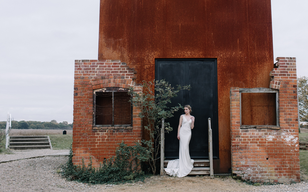 Coco wedding venues slideshow - creative-space-wedding-venues-in-suffolk-snape-maltings-rebecca-goddard-photography-003