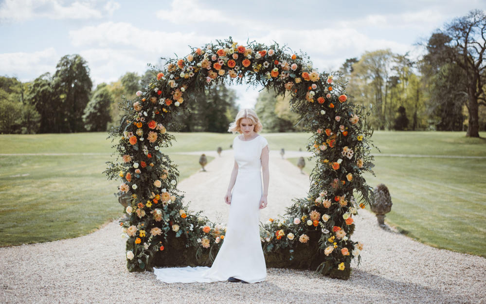 Coco wedding venues slideshow - luxury-and-flexible-wedding-venue-in-hampshire-somerley-house-kitty-wheeler-shaw-002