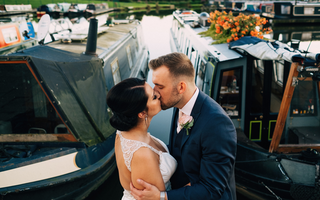 Coco wedding venues slideshow - waterside-wedding-venues-in-staffordshire-the-boat-house-at-aston-marina-bib-and-tucker-photography-004