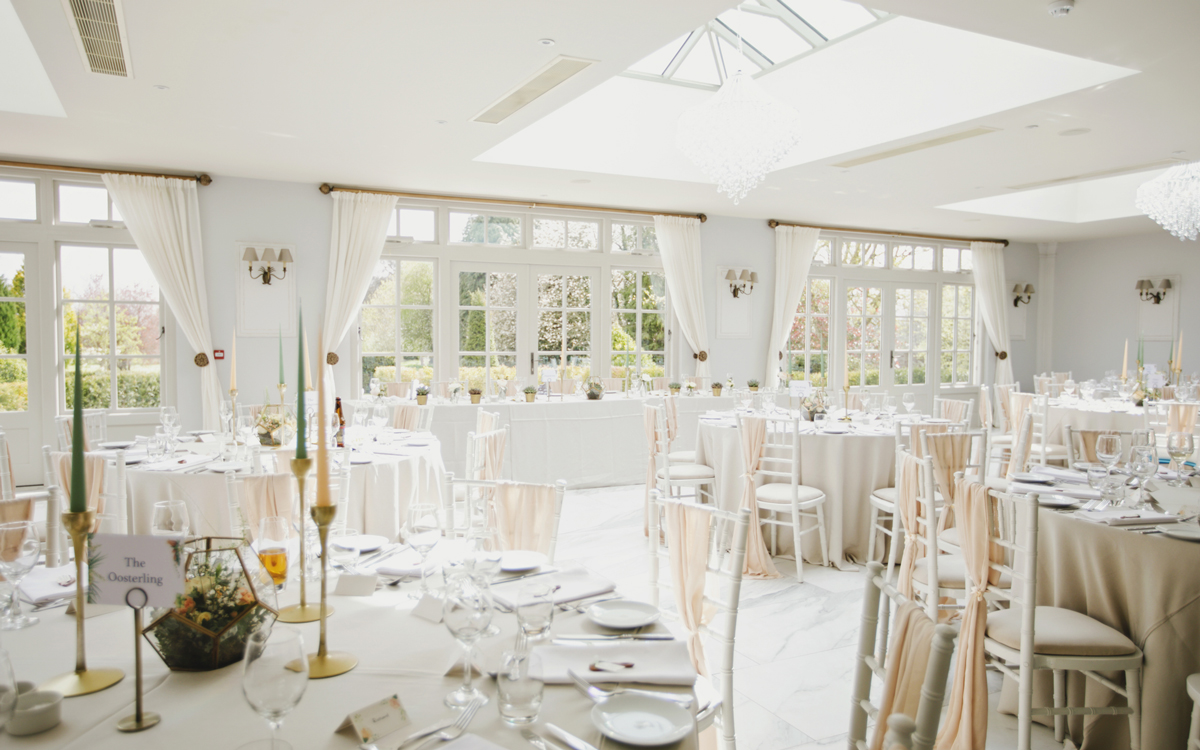 Coco wedding venues slideshow - country-house-wedding-venue-with-orangery-in-herefordshire-lemore-manor