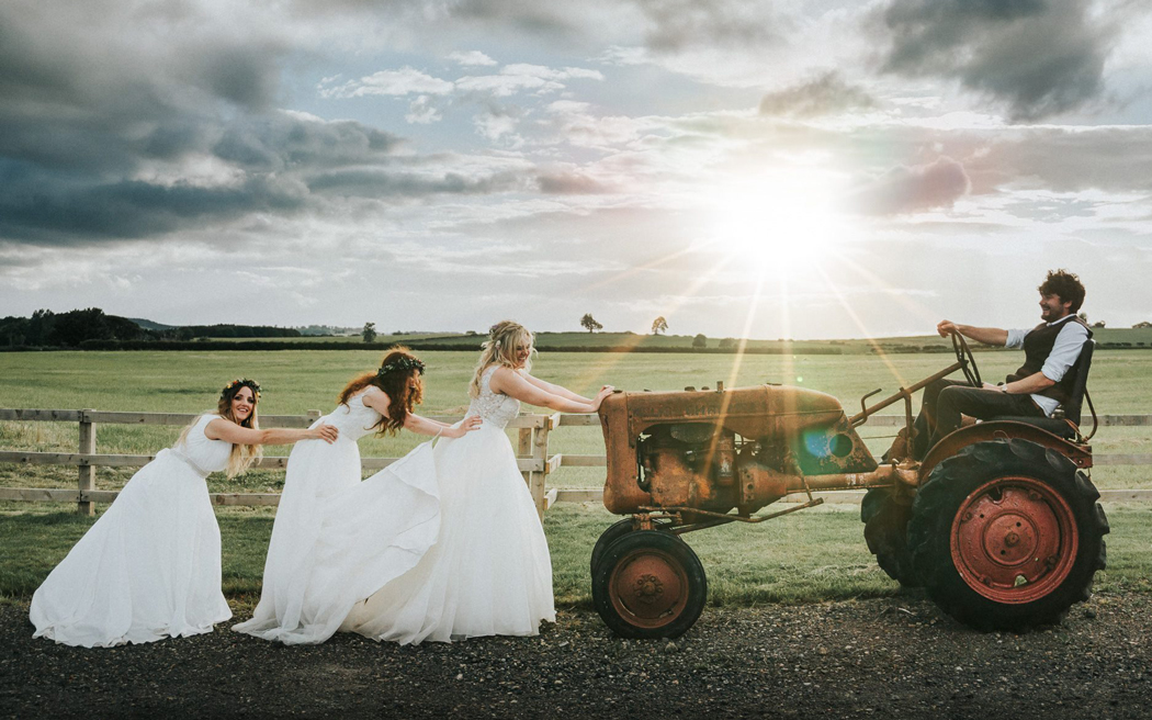 Coco wedding venues slideshow - relaxed-farm-wedding-venues-in-northumberland-northside-farm-leighton-bainbridge-photography-003
