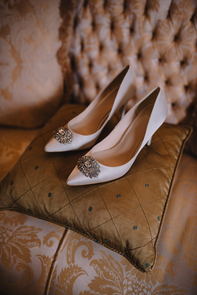 Image by Modern Vintage Weddings.