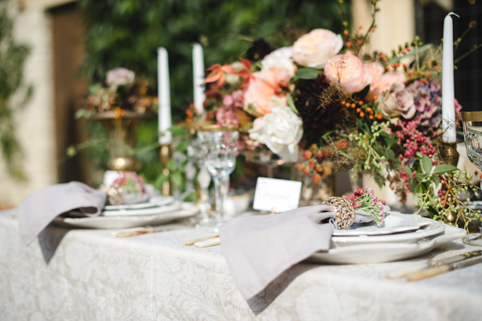 Image by www.weddingsbynicolaandglen.com | Styling & Planning by Pocketful of Dreams.