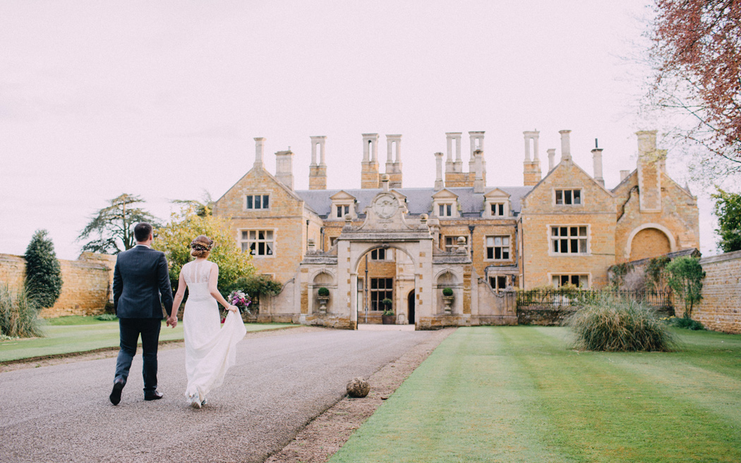 Coco wedding venues slideshow - country-house-wedding-venues-in-northamptonshire-holdenby-house-002