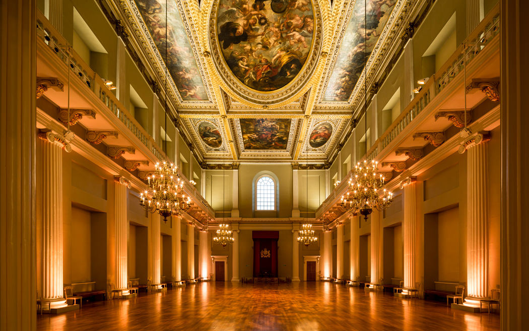 Coco wedding venues slideshow - grand-historic-wedding-venues-in-central-london-banqueting-house-003