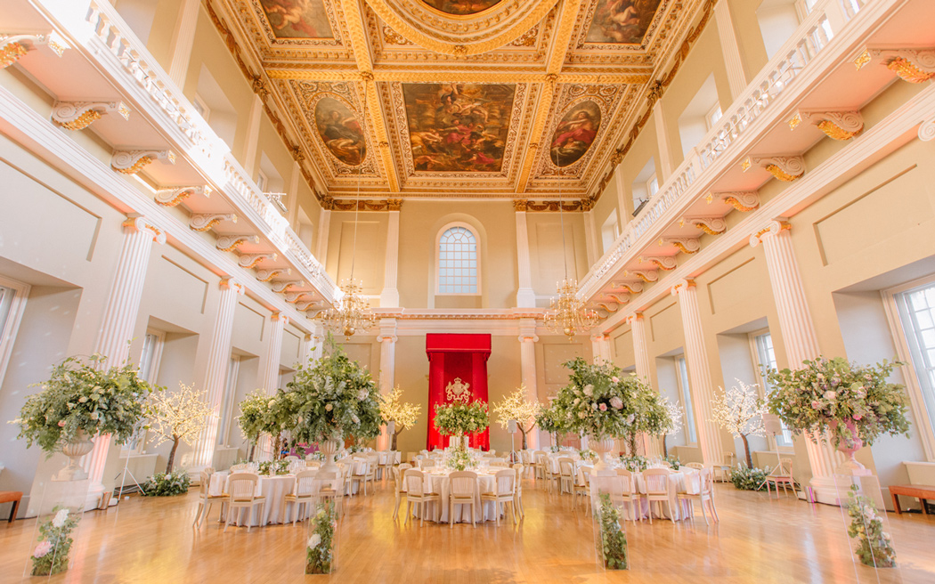 Coco wedding venues slideshow - grand-historic-wedding-venues-in-central-london-banqueting-house-holly-clark-photography-001