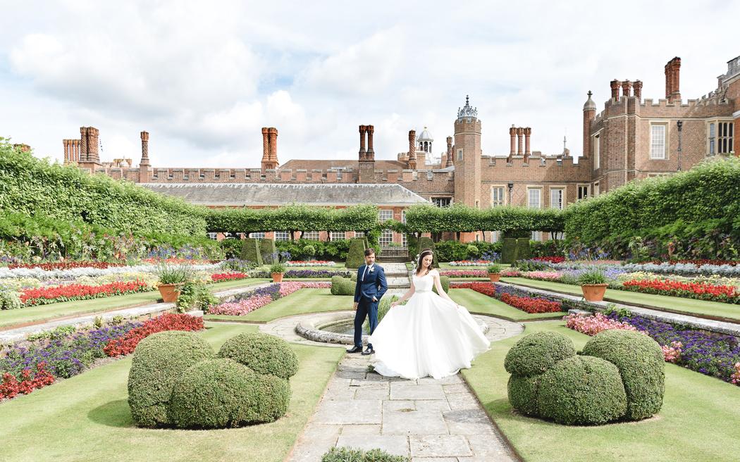Coco wedding venues slideshow - historic-palace-wedding-venues-in-london-hampton-court-palace-005