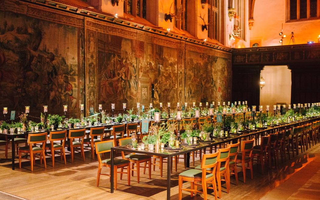 Coco wedding venues slideshow - historic-palace-wedding-venues-in-london-hampton-court-palace-hannah-duffy-003